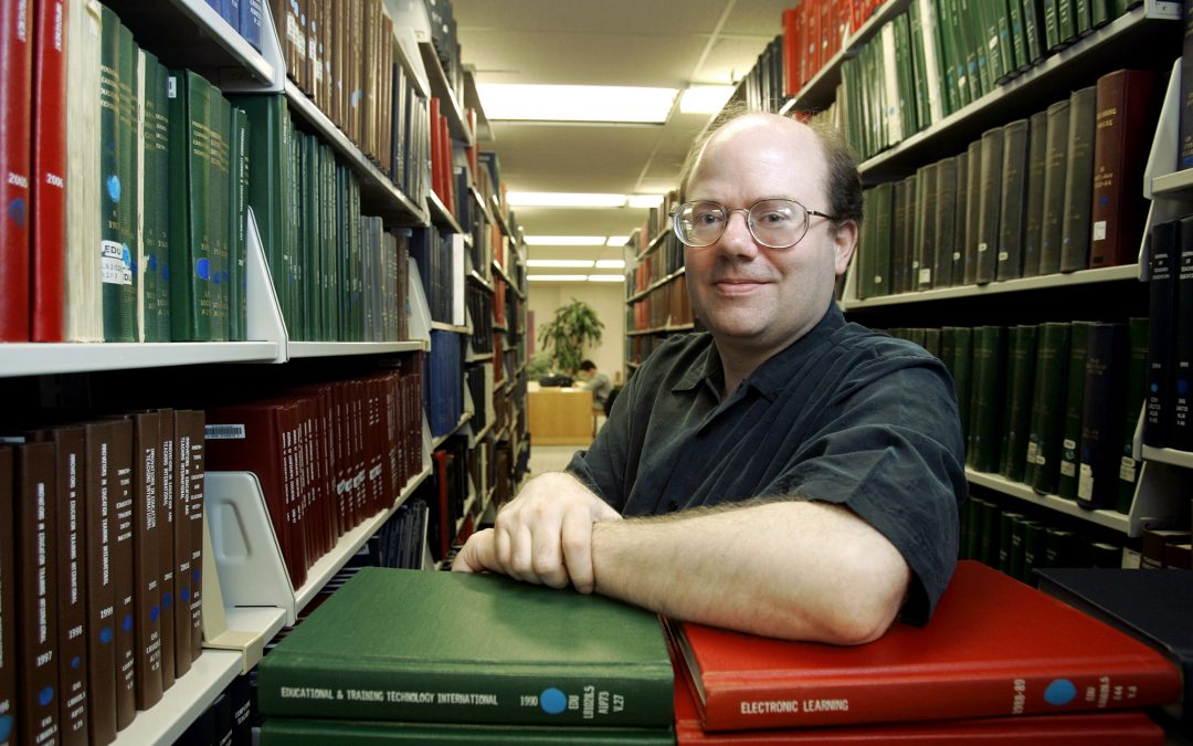 Wikipedia co-founder calls for 'Big Social Media' strike