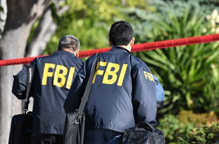 The FBI Wants to Collect Social Media Data From Instagram, Facebook, and Twitter | Digital Trends