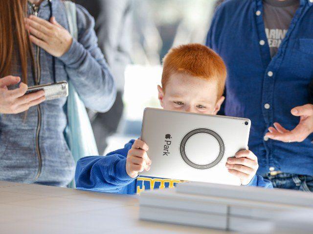 'Stop Child Predators' Asks Congress to Investigate Big Tech's Snooping on Children | Breitbart