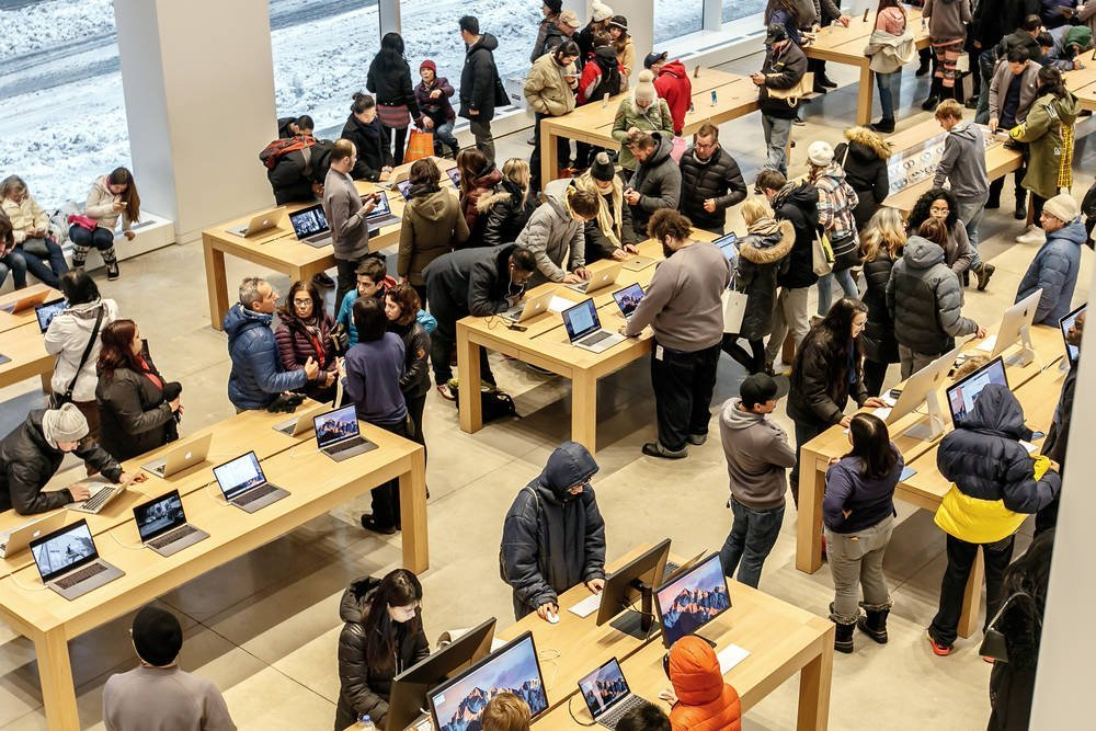 Not a Genius move after all: Apple must cough up $$$ in back pay for store staff forced to wait for bag searches • The Register