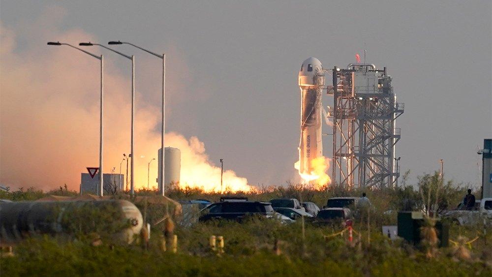 Jeff Bezos' Blue Origin Space Flight Is More Depressing Than Inspiring – Variety